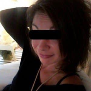 Femme divorcée cherche à faire connaissance avec un homme bien