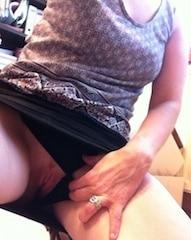 Nympho de 21 ans veut juste du sexe